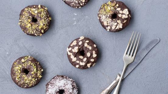 Celjski krofje (čokoladni brezglutenski krofi)