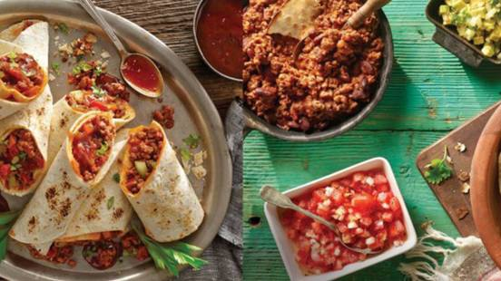 Tortilla chili con carne style