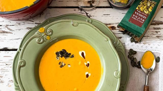 Pečena bučna juha