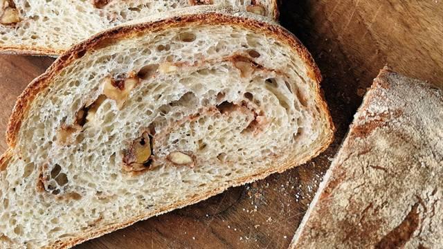 Kruh iz ajdovih žgancev