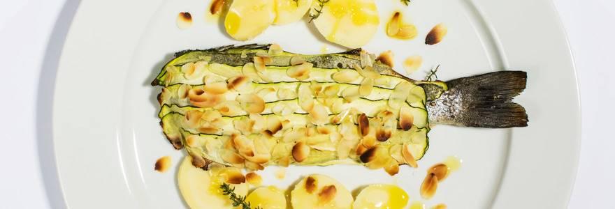 File jadranske grbe v bučkini skorjici s krompirjem v kosih